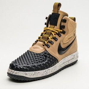 huge discount ccced 93c15 Nike Lunar Force LF1 Duckboot  17 Gold Metallic
